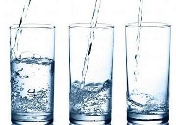 نوشیدنی های مفید و مضر برای لاغری | کاهش وزن با آب